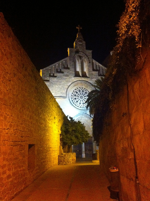 Alcudia old town night view