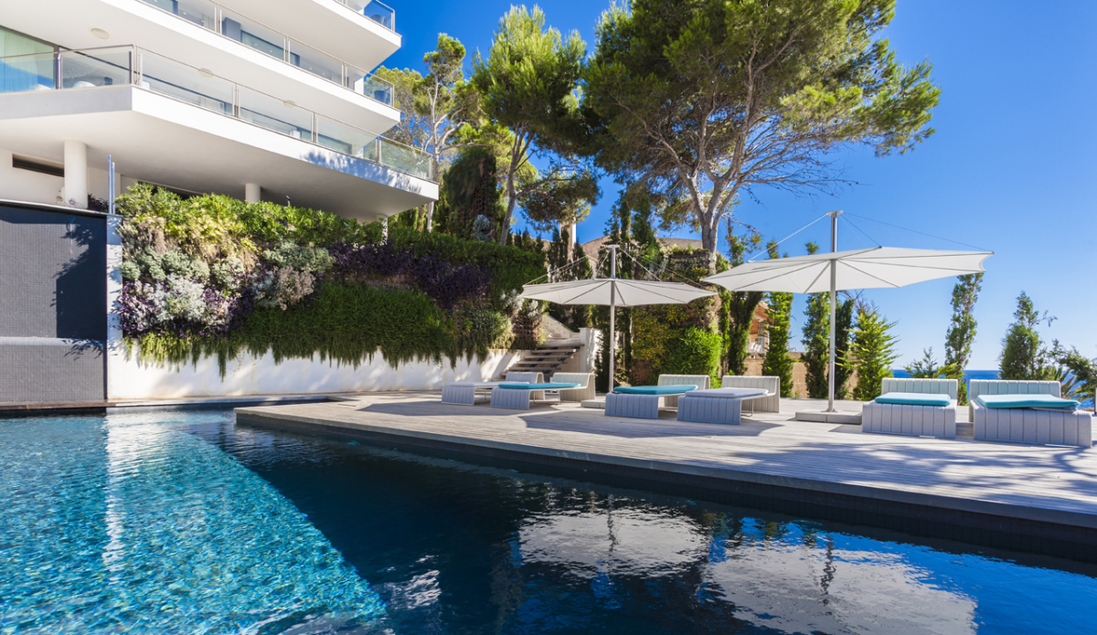 New extravagance villa rental in Mallorca